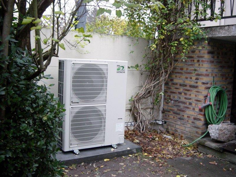 Pompe à Chaleur «PAC» en remplacement de chaudière pour réseau de radiateurs en fontes.